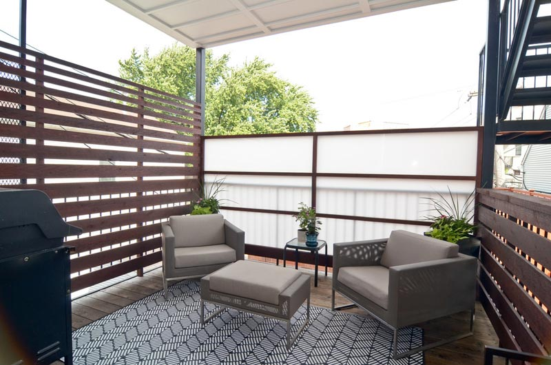apartment-deck-privacy-screen