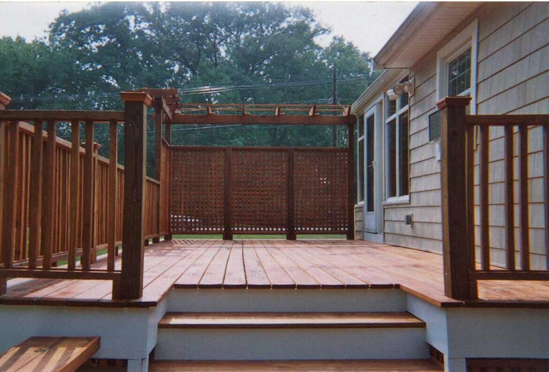 deck-and-privacy-screen