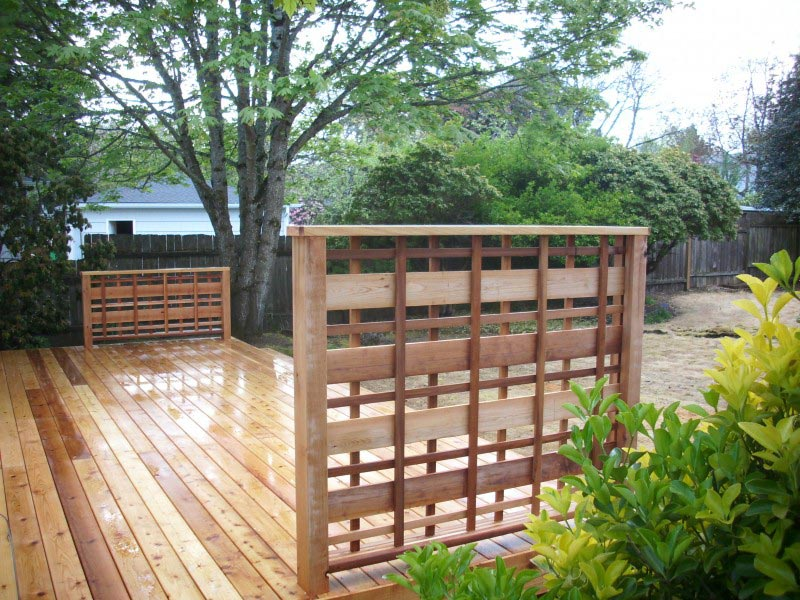 deck-privacy-screen-lattice