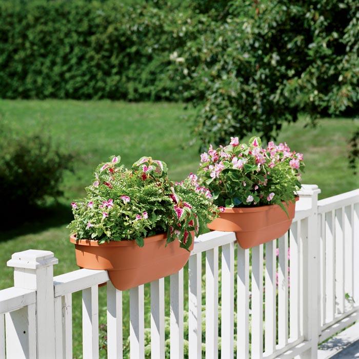 deck-rail-planters-canada