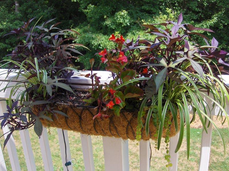 deck-railing-planters-metal