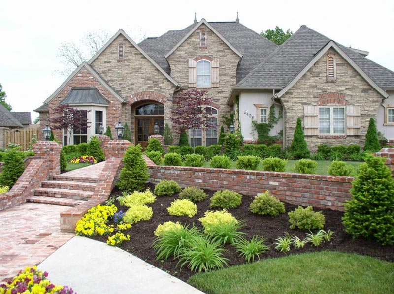 low-maintenance-landscaping-ideas-front-yard