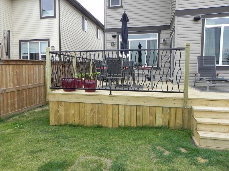 metal-deck-railing-calgary