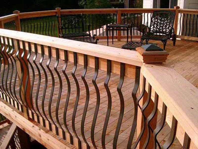 metal-deck-railing-designs