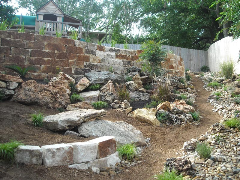Rock-landscaping-ideas
