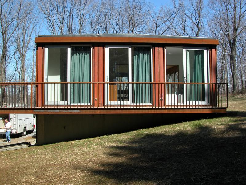 Prefab container homes for enjoying great outdoors for Prefabricated shipping container homes