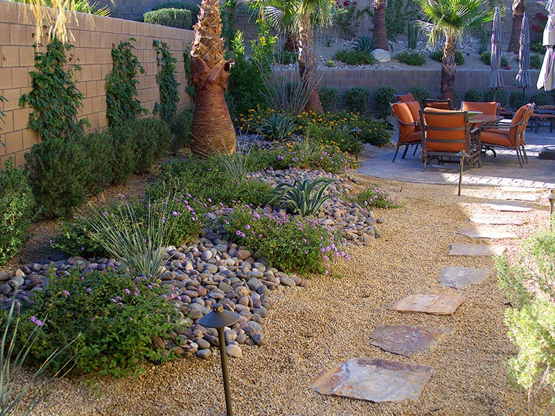 Desert Backyard Designs : Desert Landscaping How To Create Fantastic Desert Garden  Landscape