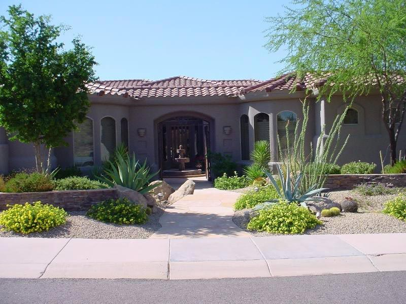 Desert landscaping how to create fantastic desert garden - Front yard desert landscaping ...