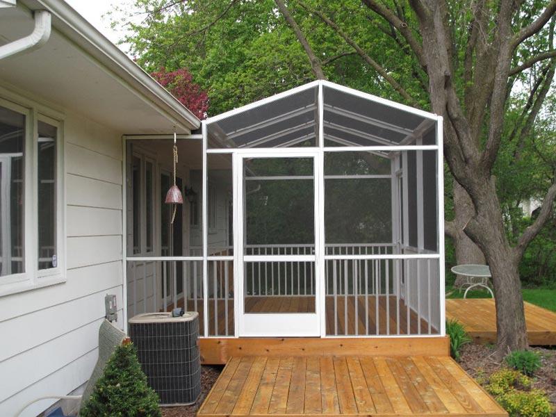 screened-in-deck-enclosures