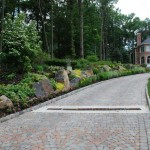 driveway-landscaping-pictures