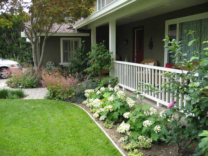 simple-landscaping-ideas-around-house