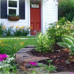 simple-landscaping-ideas-for-small-yards
