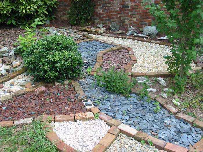 simple-landscaping-ideas-with-rocks