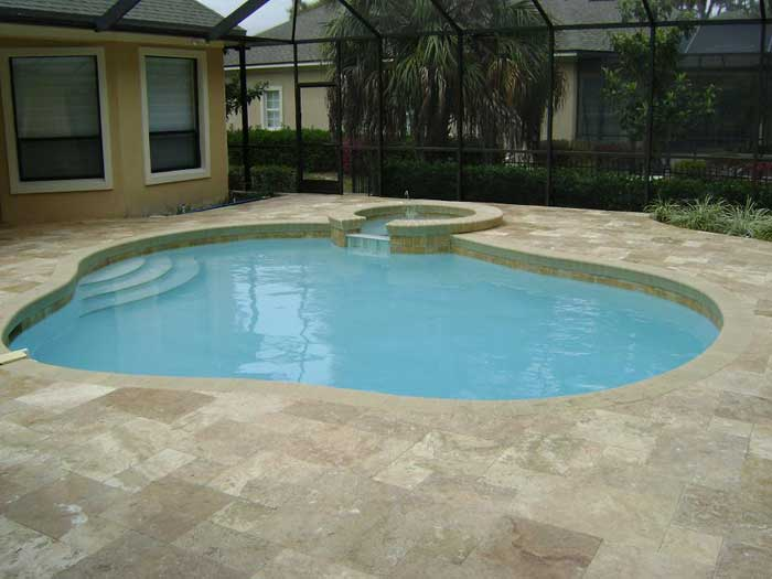 travertine-pool-deck