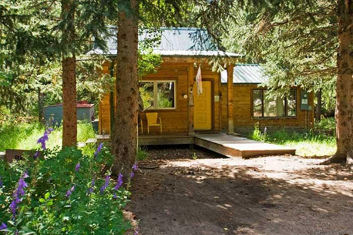 tiny-cabins-estes-park