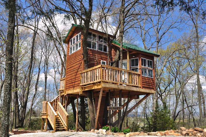 tree-house-cabins-missouri