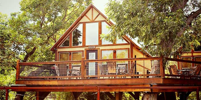 treehouse-cabins-in-texas