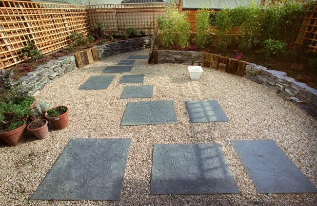 Fabulous-low-maintenance-garden-design