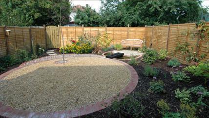 Go over again-low-maintenance-garden-design