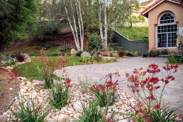 Inspect-low-maintenance-garden-design