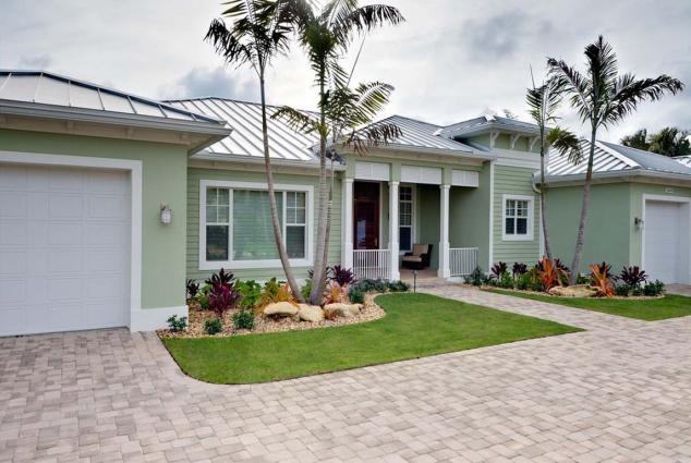 Prevalent-desert-landscaping-ideas-for-front-yard