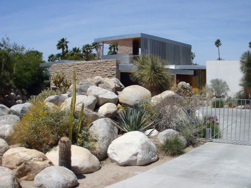 Survey-desert-landscaping-ideas-for-front-yard