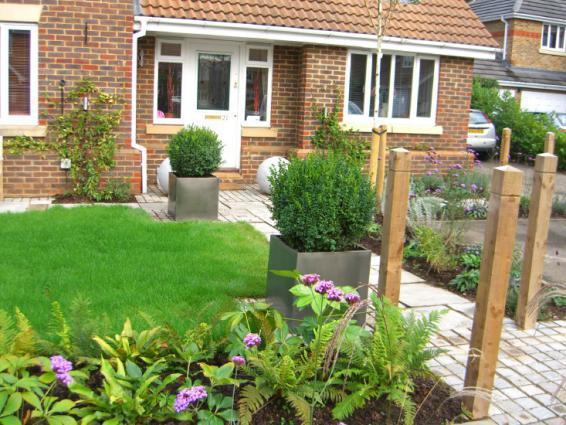 Winning-low-maintenance-garden-design